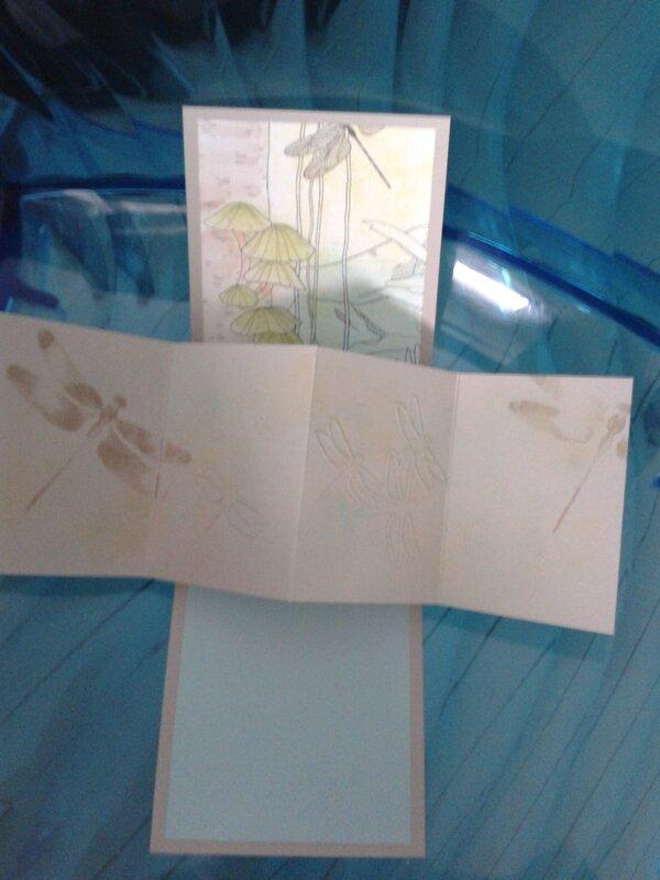 modèle carte twist libellule ouverte