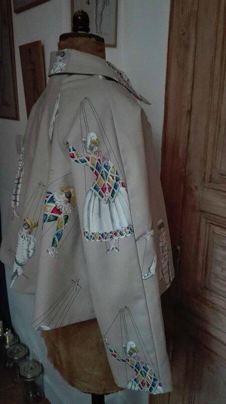 Veste VICTORINE en toile de coton écru imprimé Arlequin - doublure de satin écru (13)