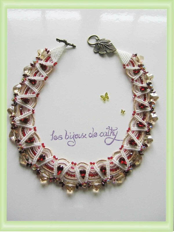 collier-latte-et-miele-rouge