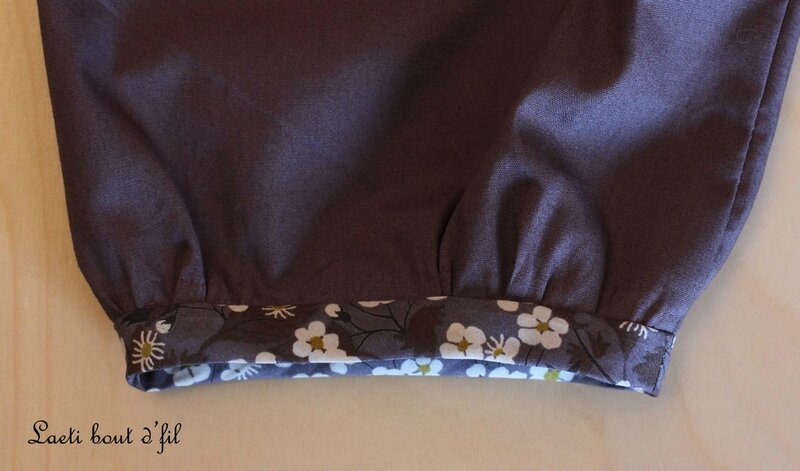 détail blouse emmanchure