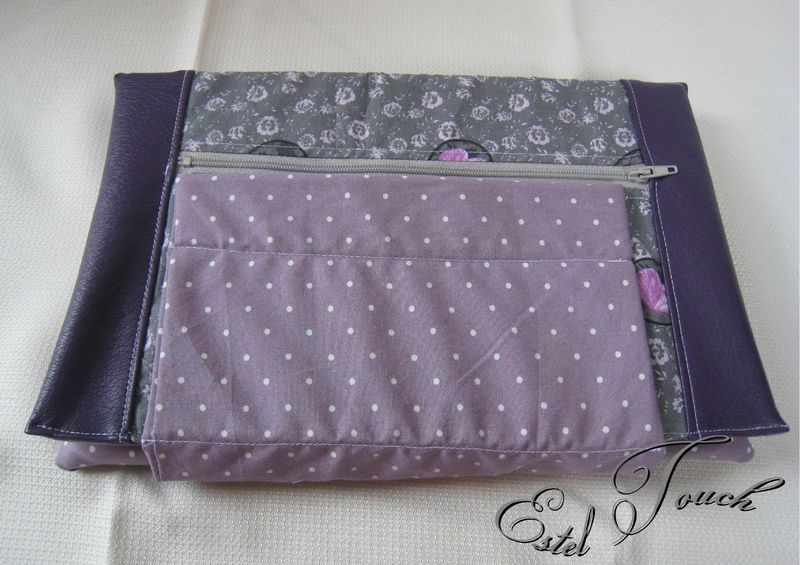 housse tablette violet
