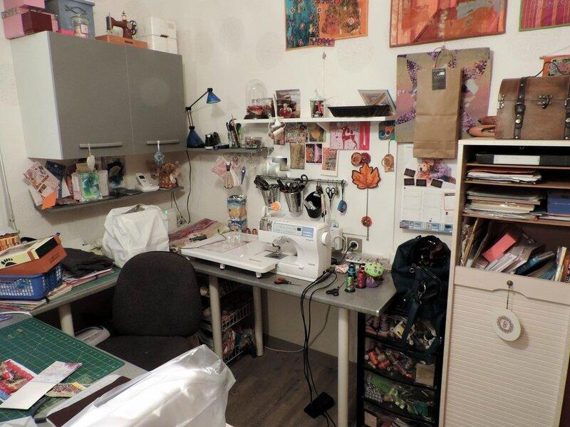 rangement du coin couture le blog de mimiblue. Black Bedroom Furniture Sets. Home Design Ideas