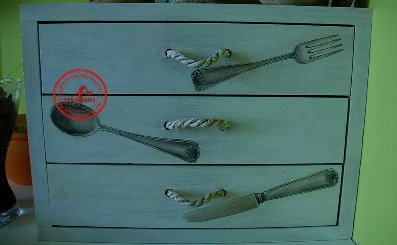 tuto meuble couverts album photos des tutos gogo. Black Bedroom Furniture Sets. Home Design Ideas