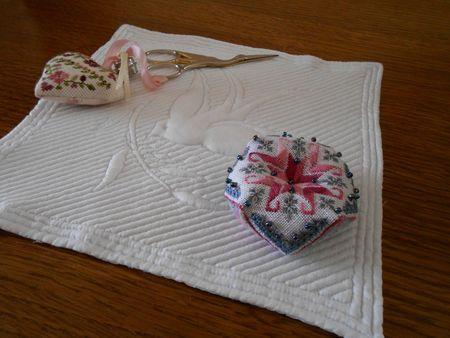 biscornu magnolia 5