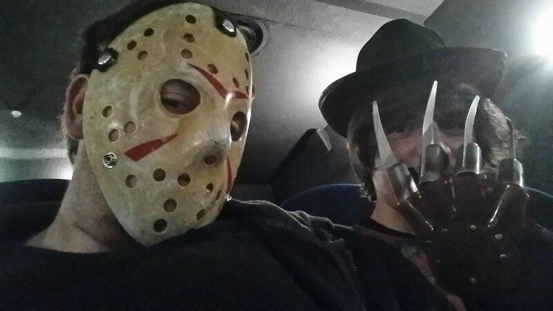 HN (14) Jason et Freddy sont deux joyeux amis!