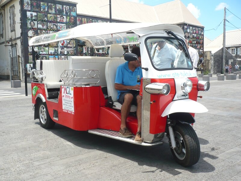 TUK TUK FACTORY e-Tuk Limo Saint paul (1)