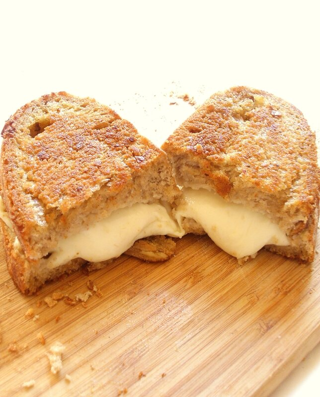 Grilled cheese au beurre d'anchois2