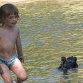 Nathan à la rivière - Paillotte Andrea - juillet 2009