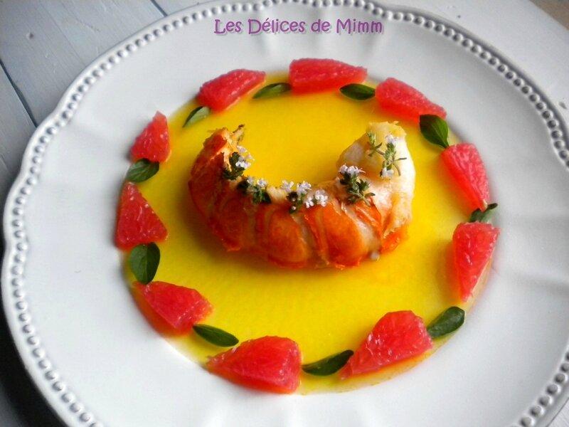 Queue de langouste tiède aux agrumes sur gelée d'orange 2
