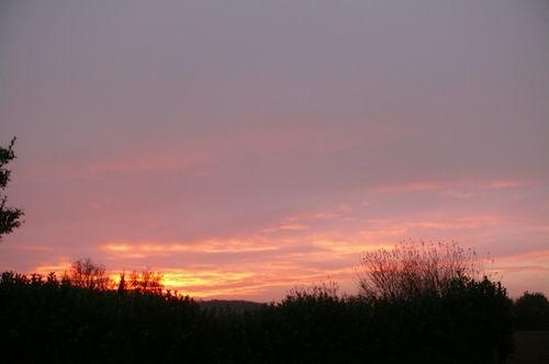 2008 11 30 Le coucher du soleil à Malissard