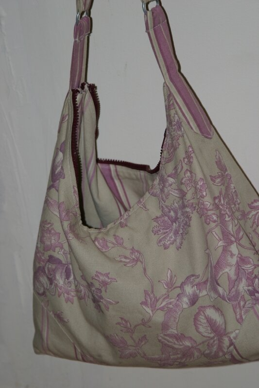 sac violet ouvert