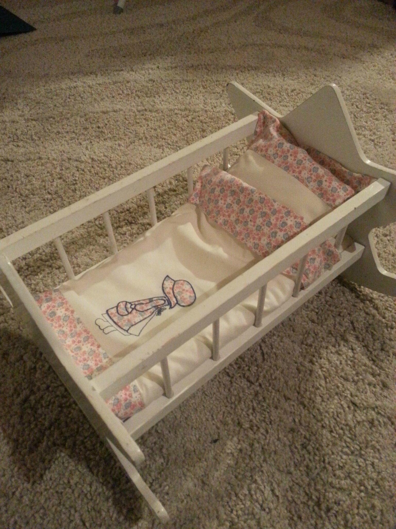 Parure de lit de poupée!