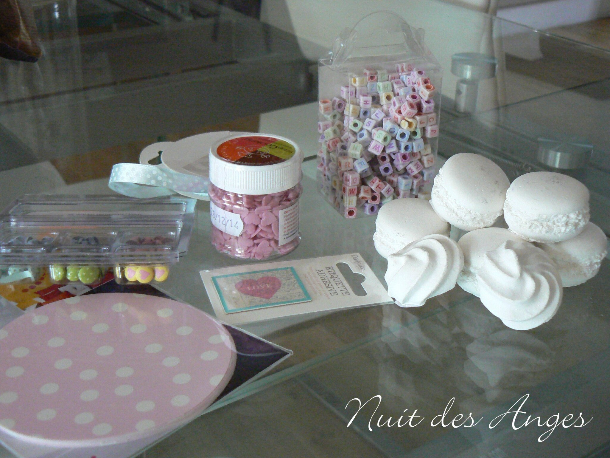 D coration de table gourmandise nuit des anges for Deco table gourmandise