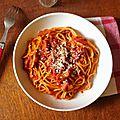 Pasta all amatriciana la meilleure recette du monde entier et de la galaxie, même de l'univers et au-delà...version moi