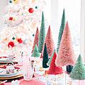 Une table de noël féerique et colorée