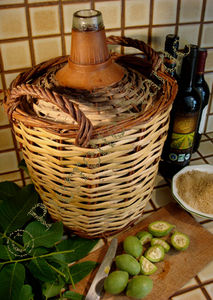 vin de noix vin aux noix vertes recette ap ritif aux noix floradiane jardin cuisine beaut. Black Bedroom Furniture Sets. Home Design Ideas