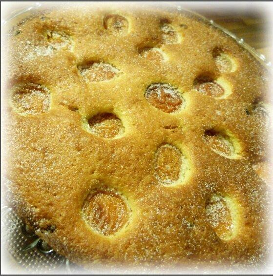 """ღ """" Miam """" Gâteau aux abricots et raisins secs"""