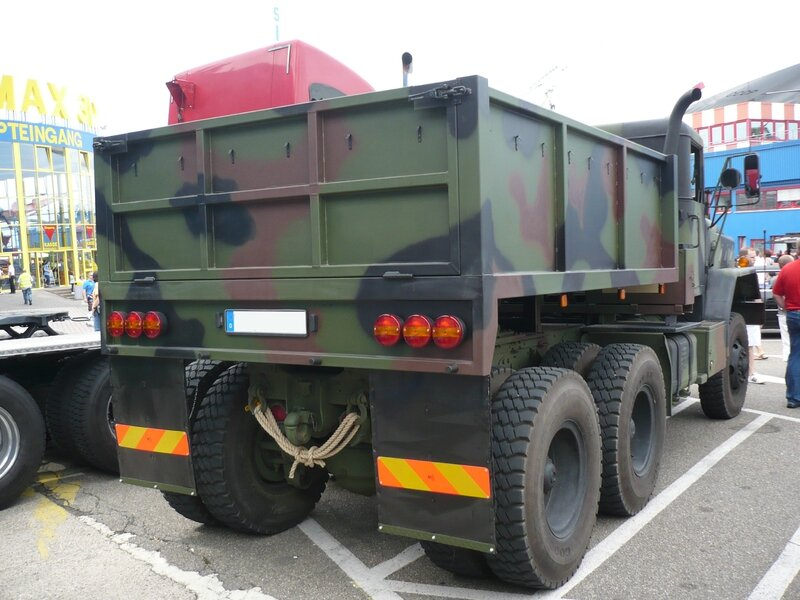 AM GENERAL M931 semi-remorque militaire 1984 Sinsheim (2)