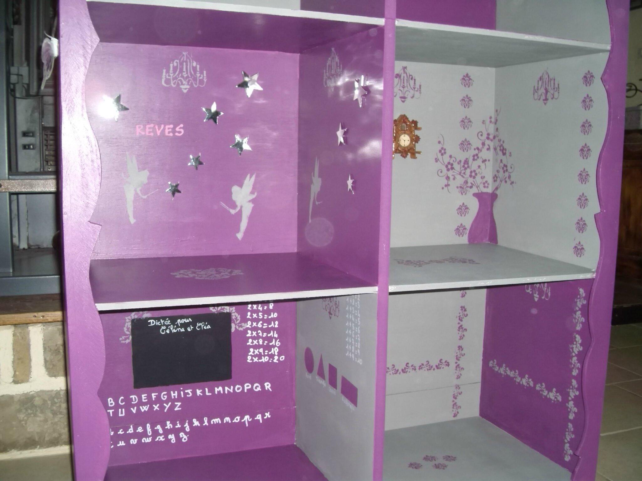 Salle de classe avec peinture ardoise photo de maison de for Mobilier de maison