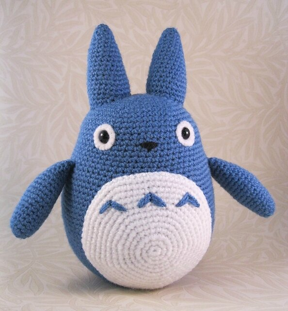 Totoro_Blue_01_medium2