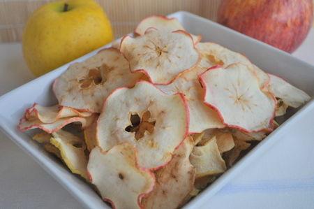 pommes s ch es au four ou chips de pommes la cuisine de karinette. Black Bedroom Furniture Sets. Home Design Ideas