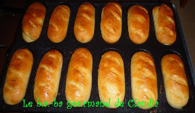 Petits pains au lait sans oeufs le b ba gourmand - Recette de pain au lait ...