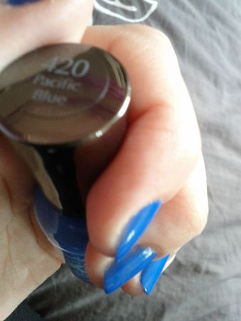 pacific blue sally hansen4