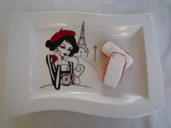 joli plat pin up paris 2