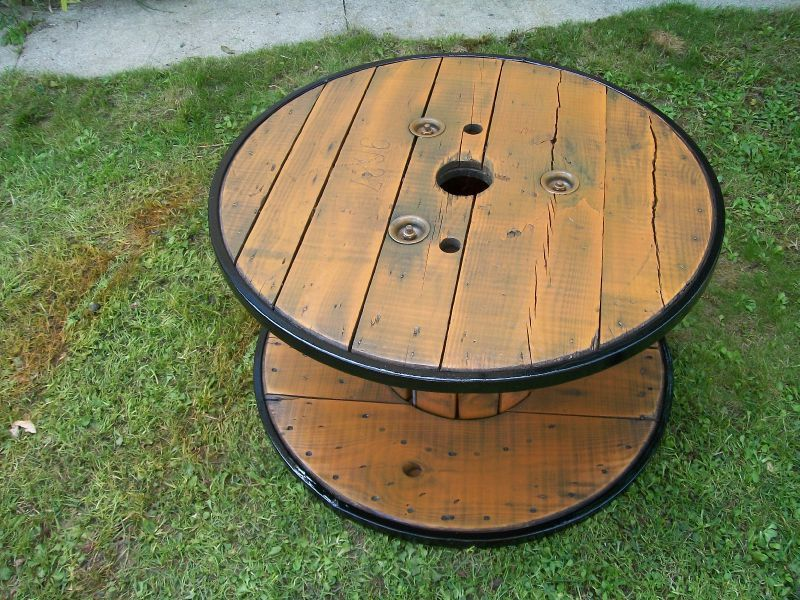 une table basse de jardin  latelier de delph -> Transformer Un Touret