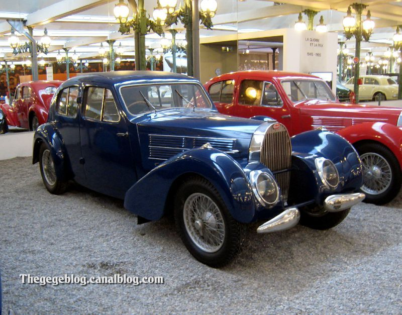 Bugatti type 57 C berline de 1938 (Cité de l'Automobile Collection Schlumpf à Mulhouse)
