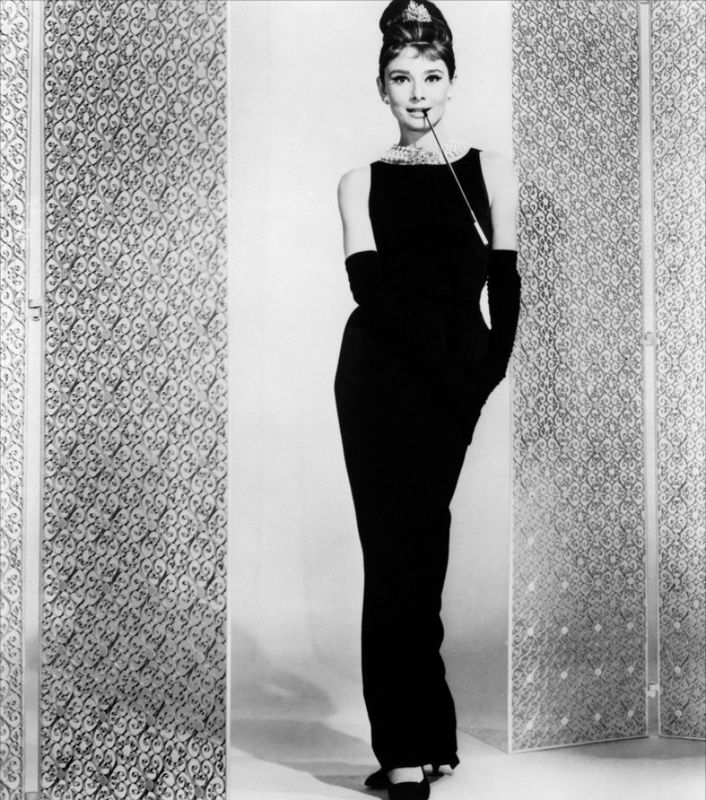 La robe d 39 audrey hepburn dans diamants sur canap la for Diamants sur canape