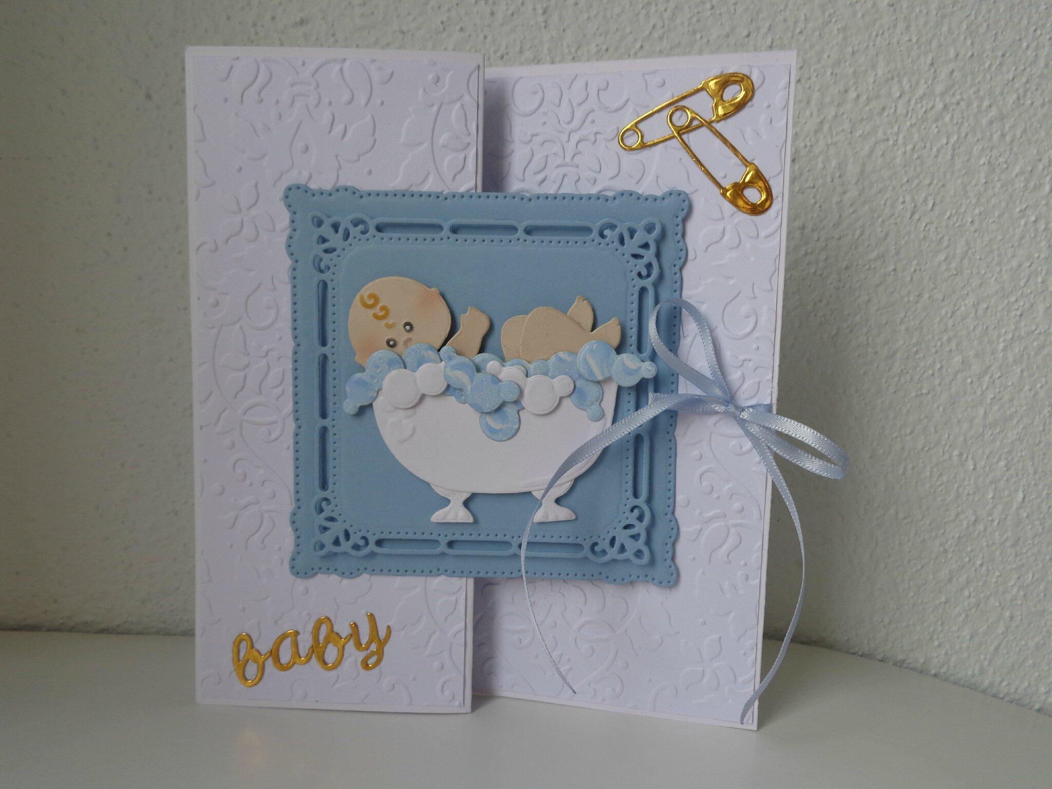 """Carte naissance """"bébé dans bain"""""""