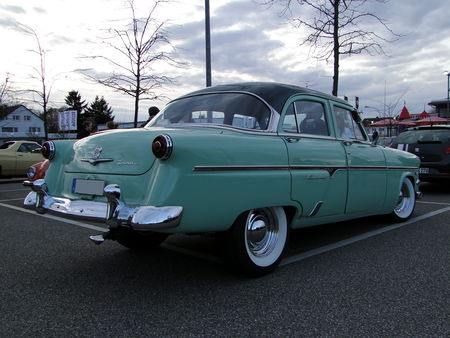FORD_Customline_4door_Sedan___1954__Rencard du Burger King, Offenbourg 4_