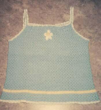 Camisole au crochet pour fillette