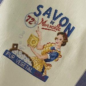 aida-torchon-savon-de-marseille-a-broder-au-point-de-croix