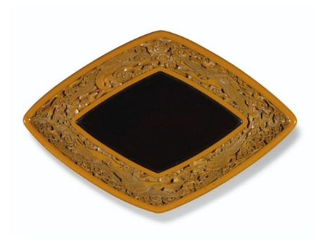 A_YELLOW_LACQUER__CRANES__TRAY