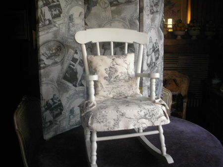 rocking chair pour enfant toile de jouy toile de jouy. Black Bedroom Furniture Sets. Home Design Ideas