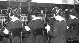 1918_Signal_Switchboard_Operators_small