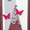carte de voeux rose avec sapin et papillons