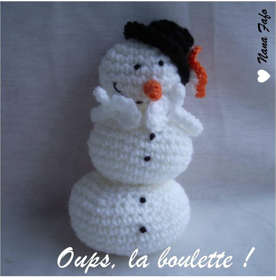 Serial crocheteuse 161 une boule de neige nana fafo - Bonhomme de neige au crochet ...