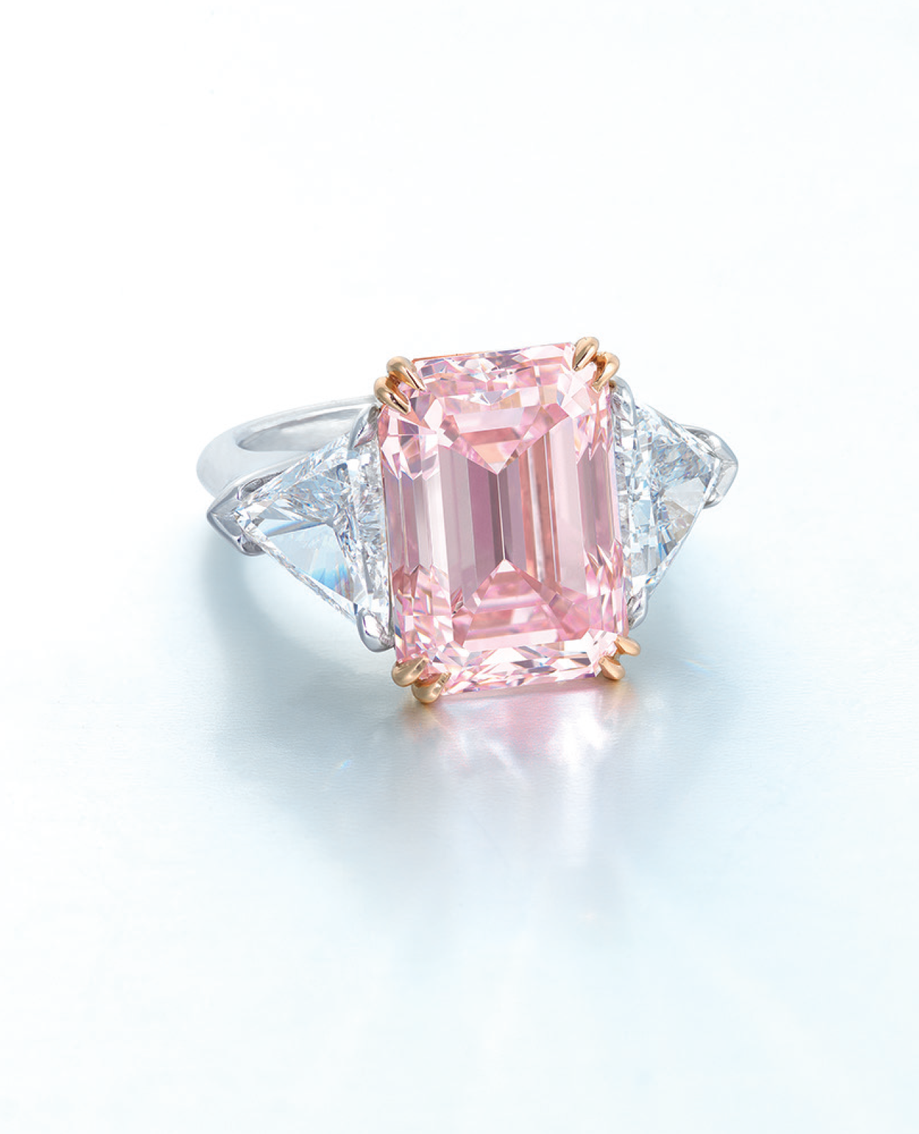 A superb coloured diamond and diamond ring