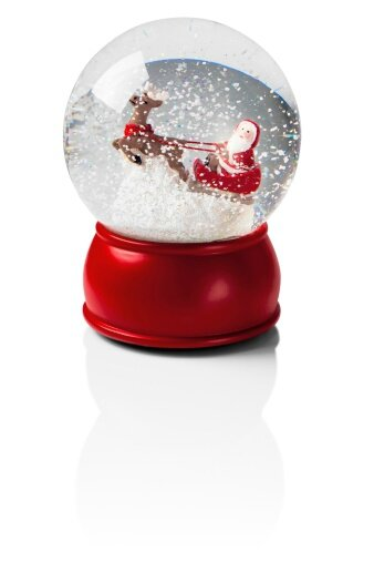 161544128-snow-globe-with-santa-and-his-sleigh-gettyimages