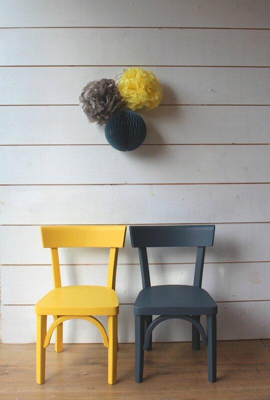petite chaise baumann enfant mobilier vintage pour enfants ribambelle compagnie. Black Bedroom Furniture Sets. Home Design Ideas