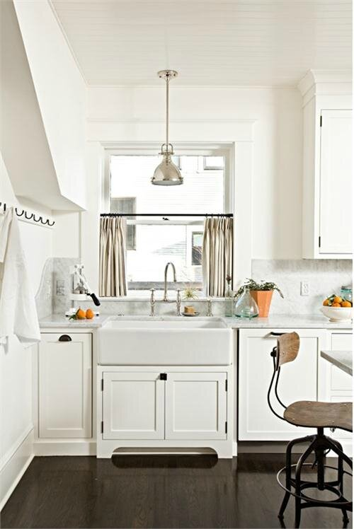 transitional-eclectic-light-kitchen-500