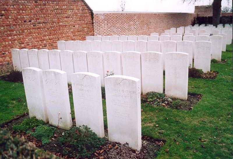 Carré indien cimetière militaire britannique de Merville (59)