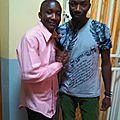 En rose, moi et RJ Kaniera, un artise musicien de Lubumbashi, après une émission Radio. Sept. 2014