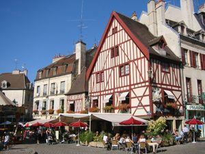 Place_Francois_Rude_Dijon_
