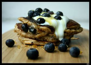 oatmeal et blueberry pancakes