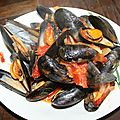 Moules sauce tomates pice