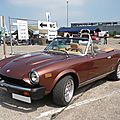 FIAT 124 Sport Spider 2000 version US Lahr (1)
